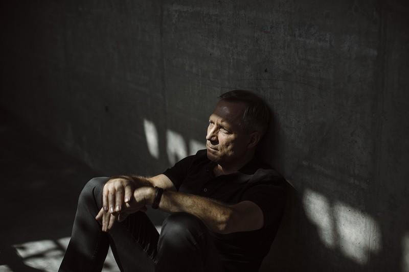 Krzysztof A. Zajas, autor kryminału Skowyt nocy