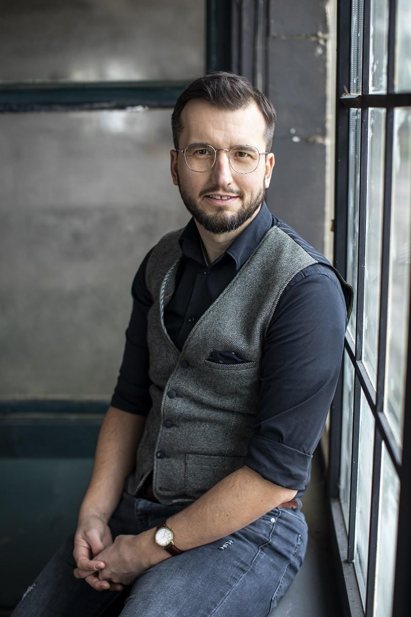Pisarz Marcin Dudziński