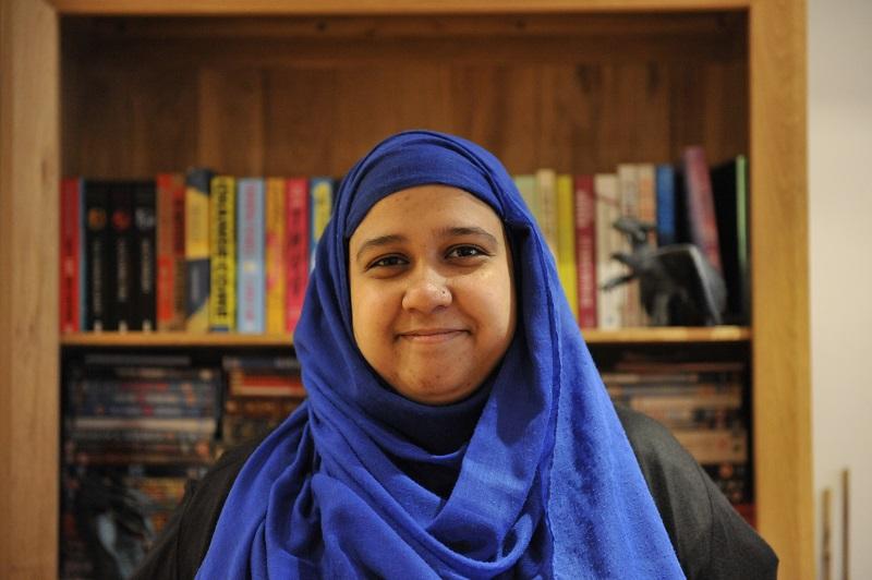 Portret Yasmin Rahman