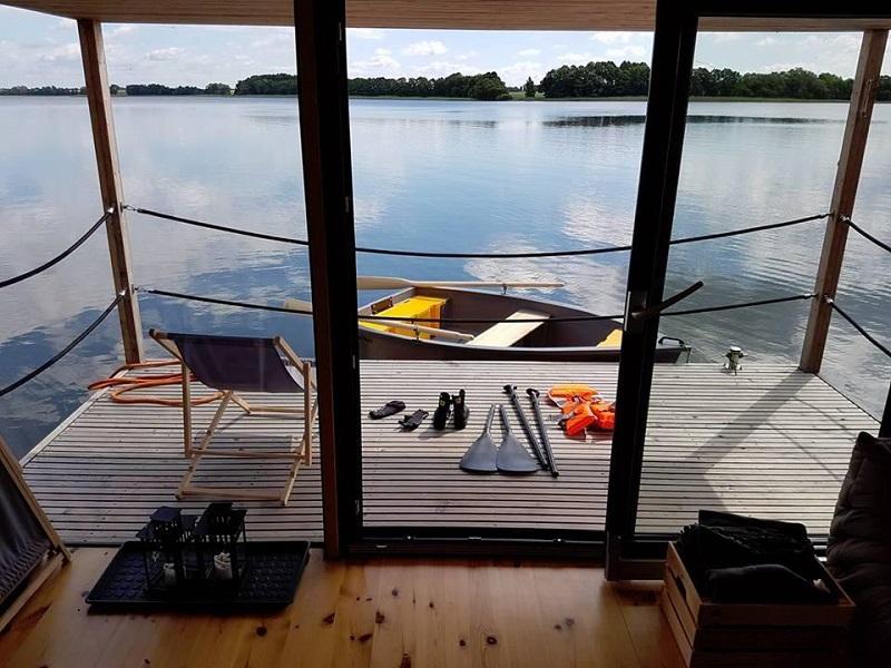 Domy na jeziorze, Lisewo