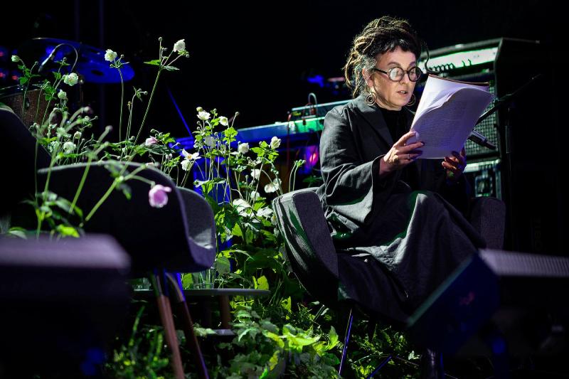 Olga Tokarczuk czyta Czułego Narratora